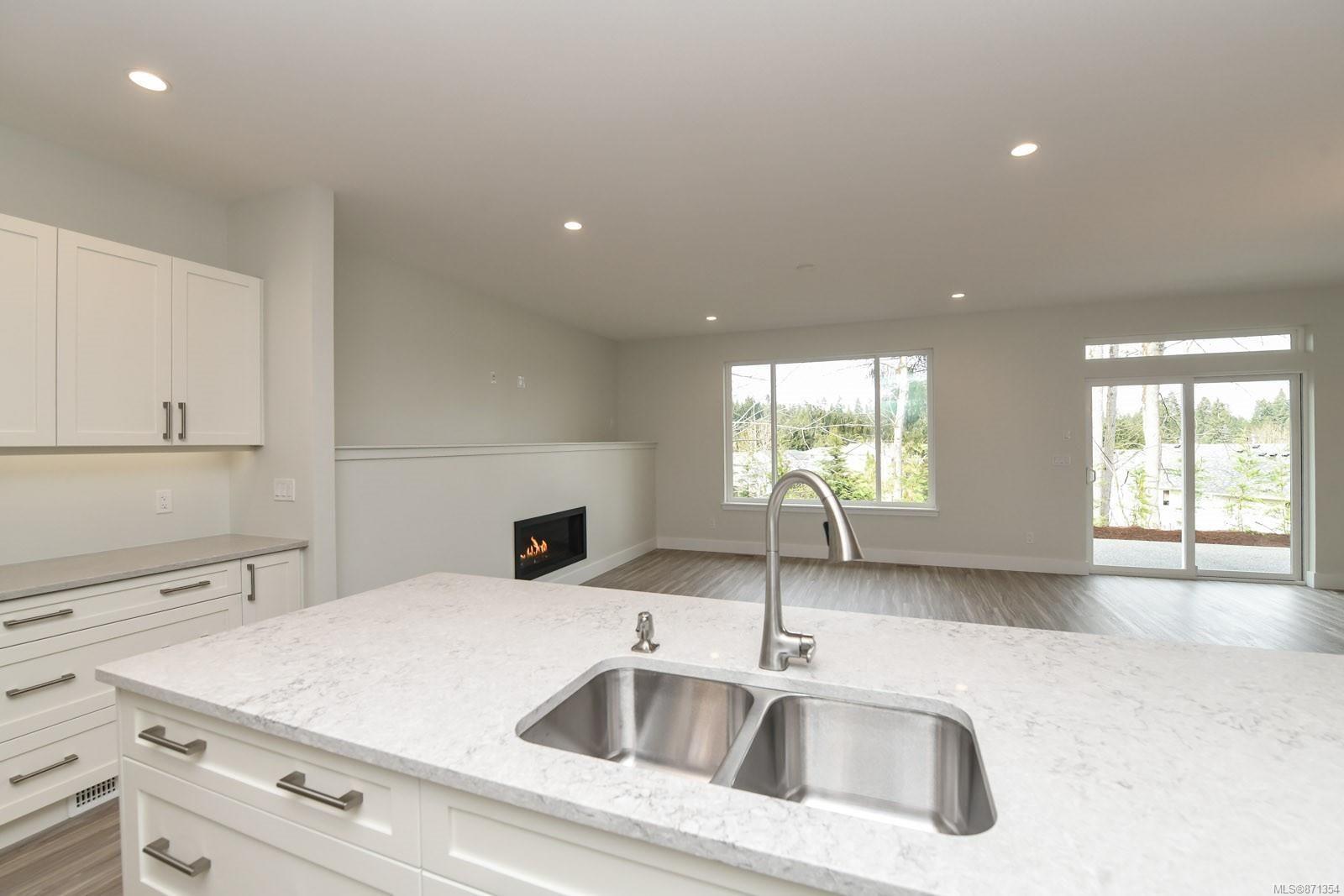 Photo 12: Photos: 68 Grayhawk Pl in : CV Courtenay City House for sale (Comox Valley)  : MLS®# 871354
