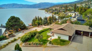Photo 1: 5186 Robinson Place, in Peachland: House for sale : MLS®# 10240845