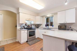 Photo 6: 549 Deerwood Pl in : CV Comox (Town of) House for sale (Comox Valley)  : MLS®# 862277