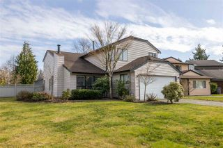 """Main Photo: 15572 96B Avenue in Surrey: Guildford House for sale in """"Briarwood"""" (North Surrey)  : MLS®# R2546135"""