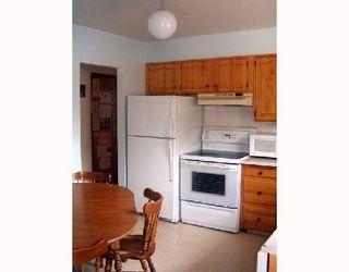 Photo 2: 116 BRELADE Street in WINNIPEG: Transcona Single Family Detached for sale (North East Winnipeg)  : MLS®# 2714213