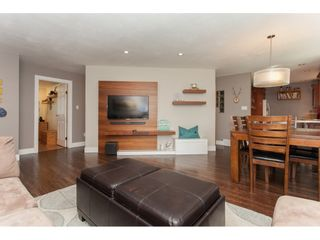 Photo 6: 26550 28B Avenue in Langley: Aldergrove Langley House for sale : MLS®# R2164827