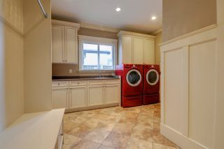 Photo 16: 2929 EDGEMONT Boulevard in North Vancouver: Edgemont House for sale : MLS®# R2221736