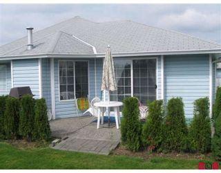 "Photo 2: 131 1450 MCCALLUM Road in Abbotsford: Poplar Townhouse for sale in ""CROWN POINT VILLA"" : MLS®# F2908090"