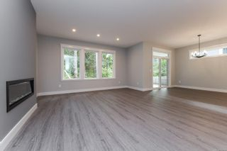 Photo 3: 3 2880 Arden Rd in : CV Courtenay City House for sale (Comox Valley)  : MLS®# 886492