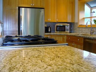 Photo 8: 322 OLIVER Street in New Westminster: Queens Park House for sale : MLS®# V955367