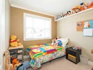 Photo 9: 4220 GLEN Drive in Vancouver: Knight 1/2 Duplex for sale (Vancouver East)  : MLS®# V991950