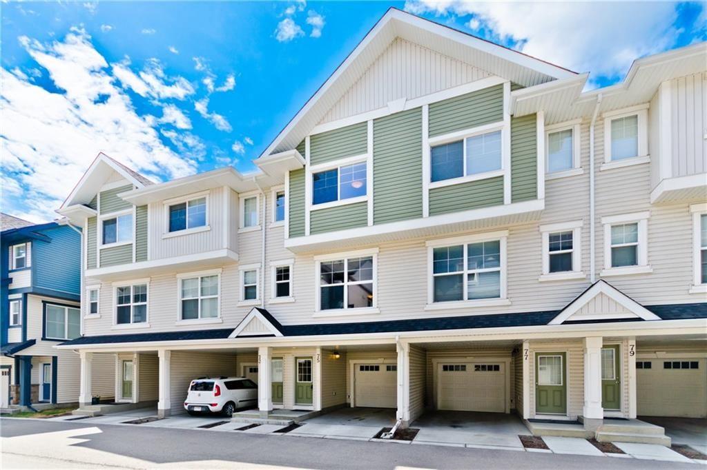 Main Photo: 75 NEW BRIGHTON PT SE in Calgary: New Brighton House for sale : MLS®# C4254785