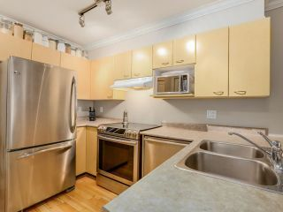 Photo 3: 208 3939 HASTINGS STREET in Burnaby: Vancouver Heights Condo for sale (Burnaby North)  : MLS®# R2078588