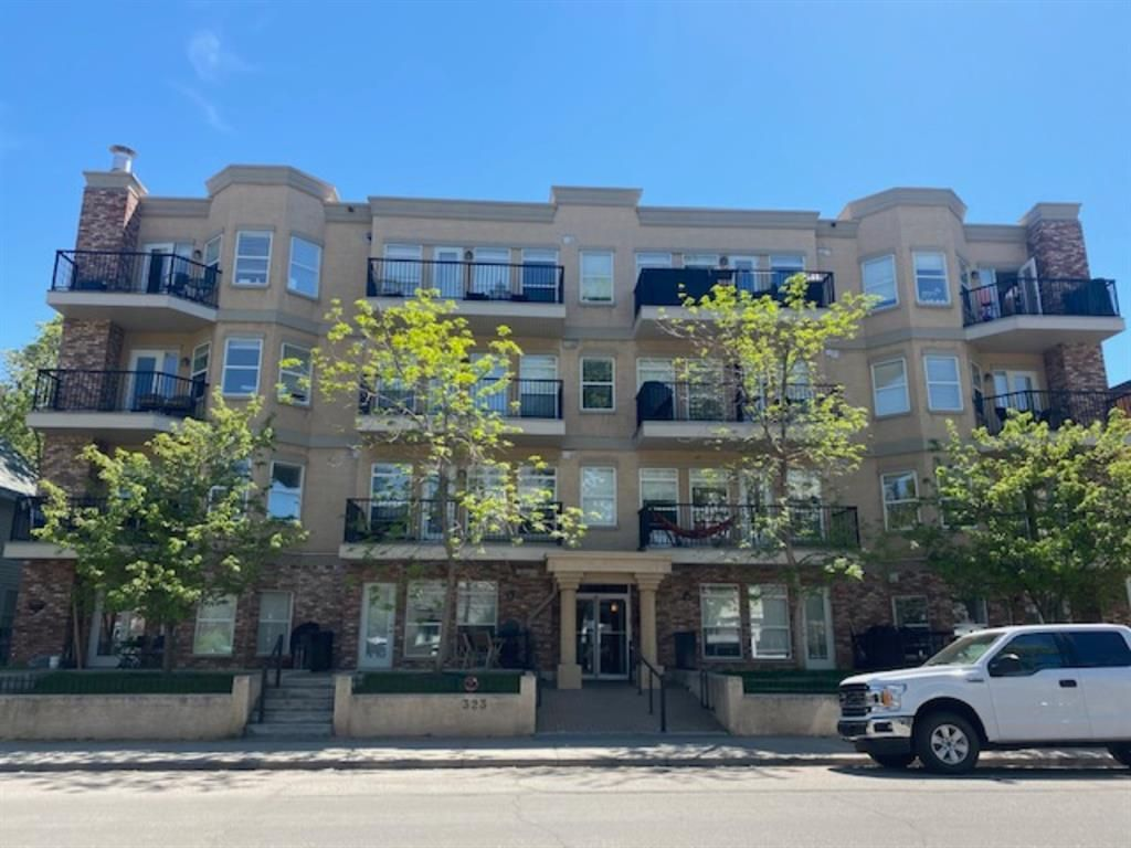Main Photo: 204 323 18 Avenue SW in Calgary: Mission Apartment for sale : MLS®# A1116799