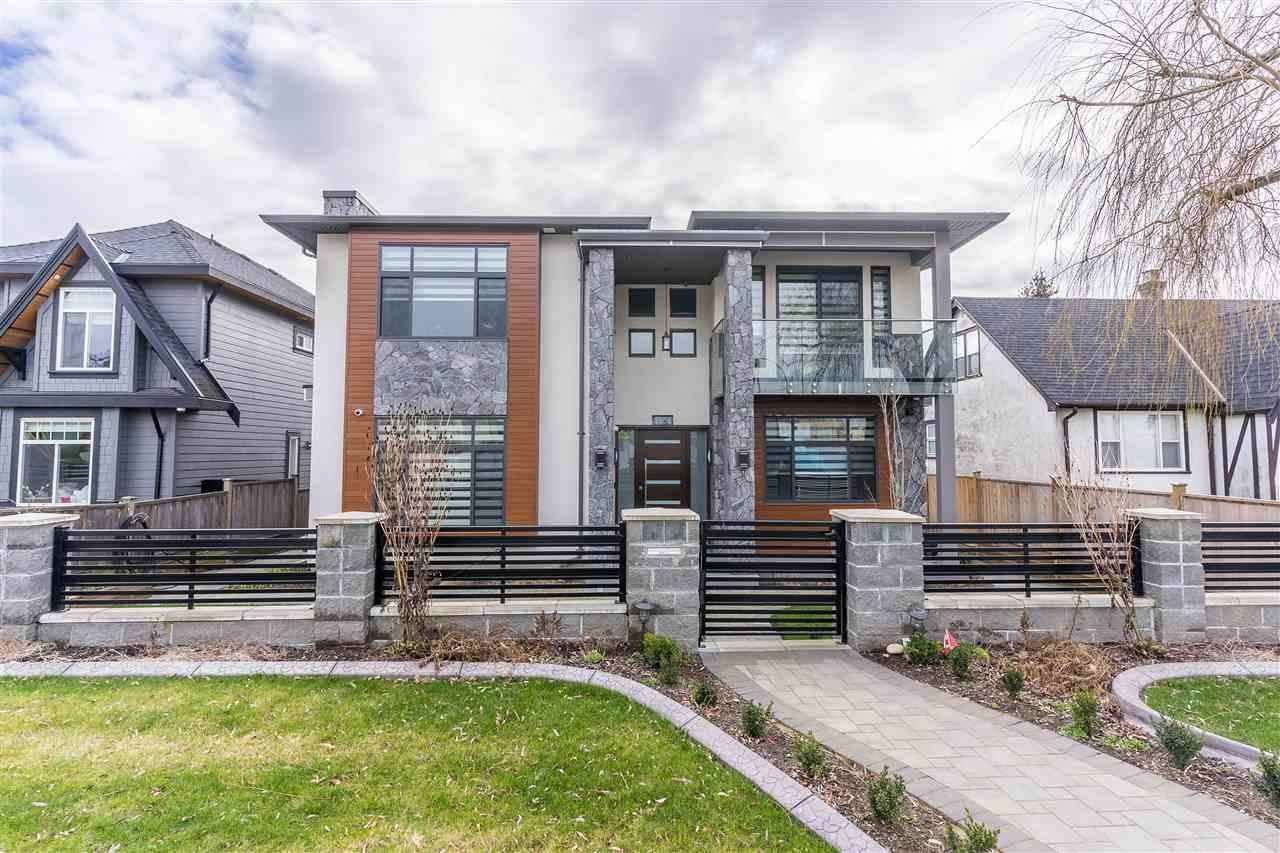 Main Photo: 1806 TENTH Avenue in New Westminster: West End NW House for sale : MLS®# R2578856