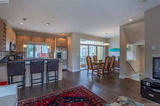 Photo 5: 2 235 Island Hwy in VICTORIA: VR View Royal Row/Townhouse for sale (View Royal)  : MLS®# 784478