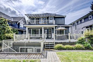 Photo 2: 4063 W 39TH Avenue in Vancouver: Dunbar House for sale (Vancouver West)  : MLS®# R2617730