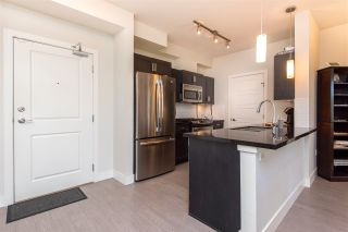"""Photo 6: 305 20062 FRASER Highway in Langley: Langley City Condo for sale in """"VARSITY"""" : MLS®# R2508491"""