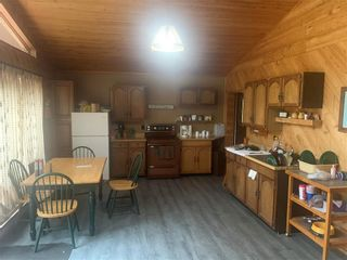 Photo 3: 18 Arapaho Bay in Buffalo Point: R17 Residential for sale : MLS®# 202120703