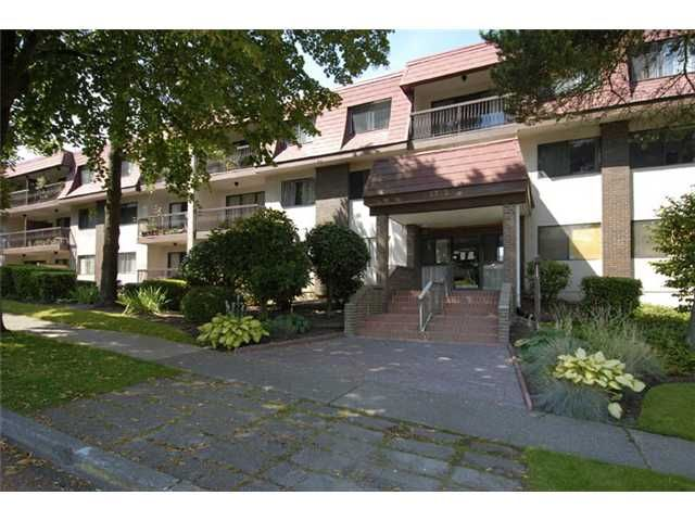 FEATURED LISTING: 214 - 5715 JERSEY Avenue Burnaby