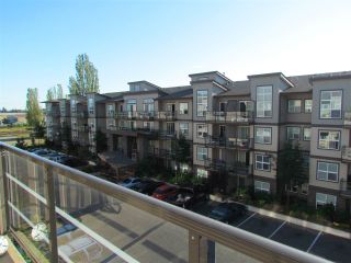 """Photo 8: 405 30525 CARDINAL Avenue in Abbotsford: Abbotsford West Condo for sale in """"Tamarind Westside"""" : MLS®# R2170805"""