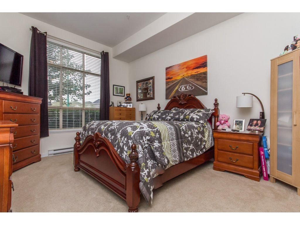 """Photo 11: Photos: 212 19201 66A Avenue in Surrey: Clayton Condo for sale in """"One92"""" (Cloverdale)  : MLS®# R2112521"""