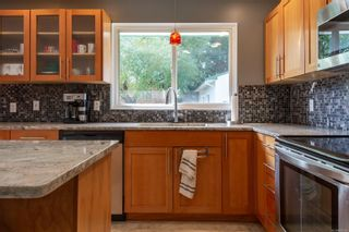 Photo 11: 2005 Treelane Rd in : CR Campbell River West House for sale (Campbell River)  : MLS®# 885161