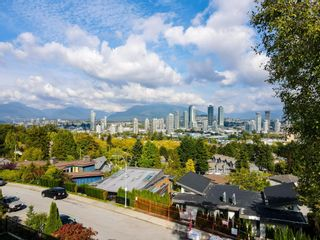 Photo 19: 4014 NITHSDALE Street in Burnaby: Burnaby Hospital House for sale (Burnaby South)  : MLS®# R2623669