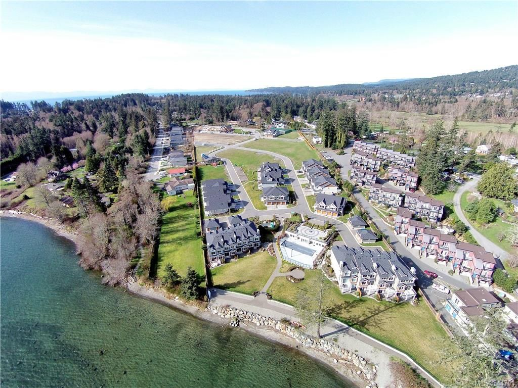 Main Photo: 367 6995 Nordin Rd in Sooke: Sk Whiffin Spit Row/Townhouse for sale : MLS®# 844701