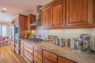Photo 5: MISSION HILLS House for sale : 4 bedrooms : 4130 Sunset Rd in San Diego