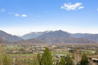 Photo 19: 126 51096 FALLS Court in Chilliwack: Eastern Hillsides Townhouse for sale : MLS®# R2537896