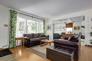 Photo 4: 96 Kirby Place SW in Calgary: Kingsland Detached for sale : MLS®# A1071364