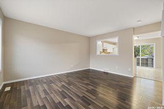 Photo 3: 2704 Cranbourn Crescent in Regina: Windsor Park Residential for sale : MLS®# SK874128