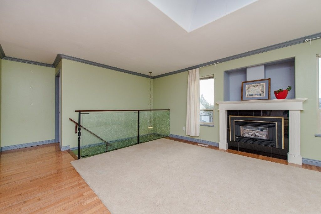 "Photo 10: Photos: 2211 WILLOUGHBY Way in Langley: Willoughby Heights House for sale in ""Langley Meadows"" : MLS®# R2037467"