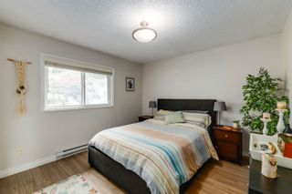 """Photo 12: 916 BRITTON Drive in Port Moody: North Shore Pt Moody Townhouse for sale in """"Woodside Village"""" : MLS®# R2616930"""