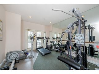 "Photo 18: 310 19528 FRASER Highway in Surrey: Cloverdale BC Condo for sale in ""The Fairmont"" (Cloverdale)  : MLS®# R2339171"