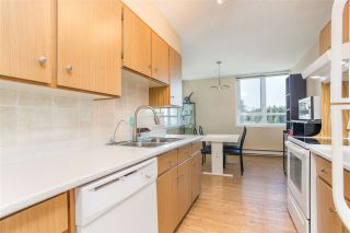 """Photo 4: 1506 5645 BARKER Avenue in Burnaby: Central Park BS Condo for sale in """"Central Park Place"""" (Burnaby South)  : MLS®# R2495598"""