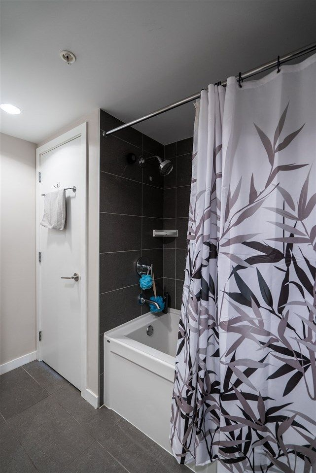 Photo 17: Photos: 402 2232 DOUGLAS ROAD in Burnaby: Brentwood Park Condo for sale (Burnaby North)  : MLS®# R2495564