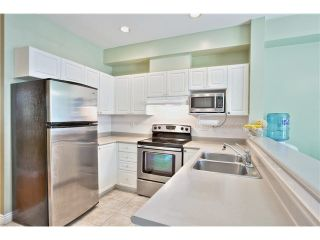 "Photo 5: 106 22888 WINDSOR Court in Richmond: Hamilton RI Condo for sale in ""WINDSOR GARDENS"" : MLS®# V1083410"