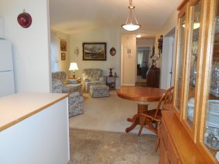 """Photo 14: 198 1840 160TH Street in Surrey: King George Corridor Manufactured Home for sale in """"BREAKAWAY BAYS"""" (South Surrey White Rock)  : MLS®# F1416138"""