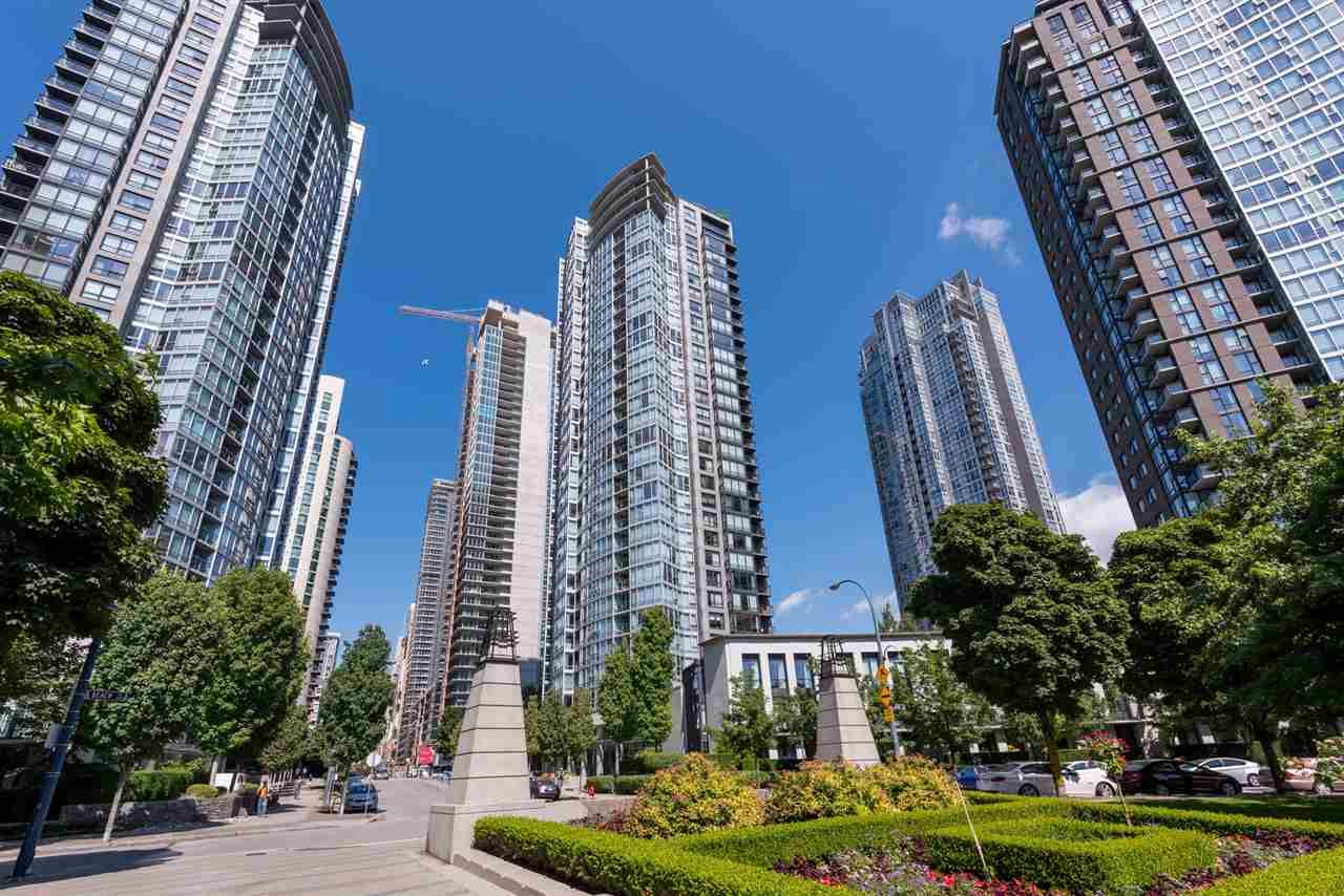 Main Photo: 2701 1438 RICHARDS STREET in Vancouver: Yaletown Condo for sale (Vancouver West)  : MLS®# R2187303