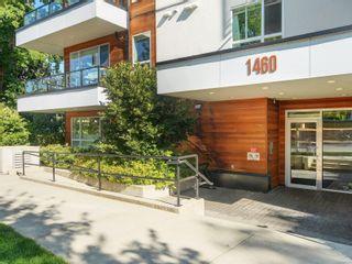Photo 2: 401 1460 Pandora Ave in Victoria: Vi Fernwood Condo for sale : MLS®# 884978