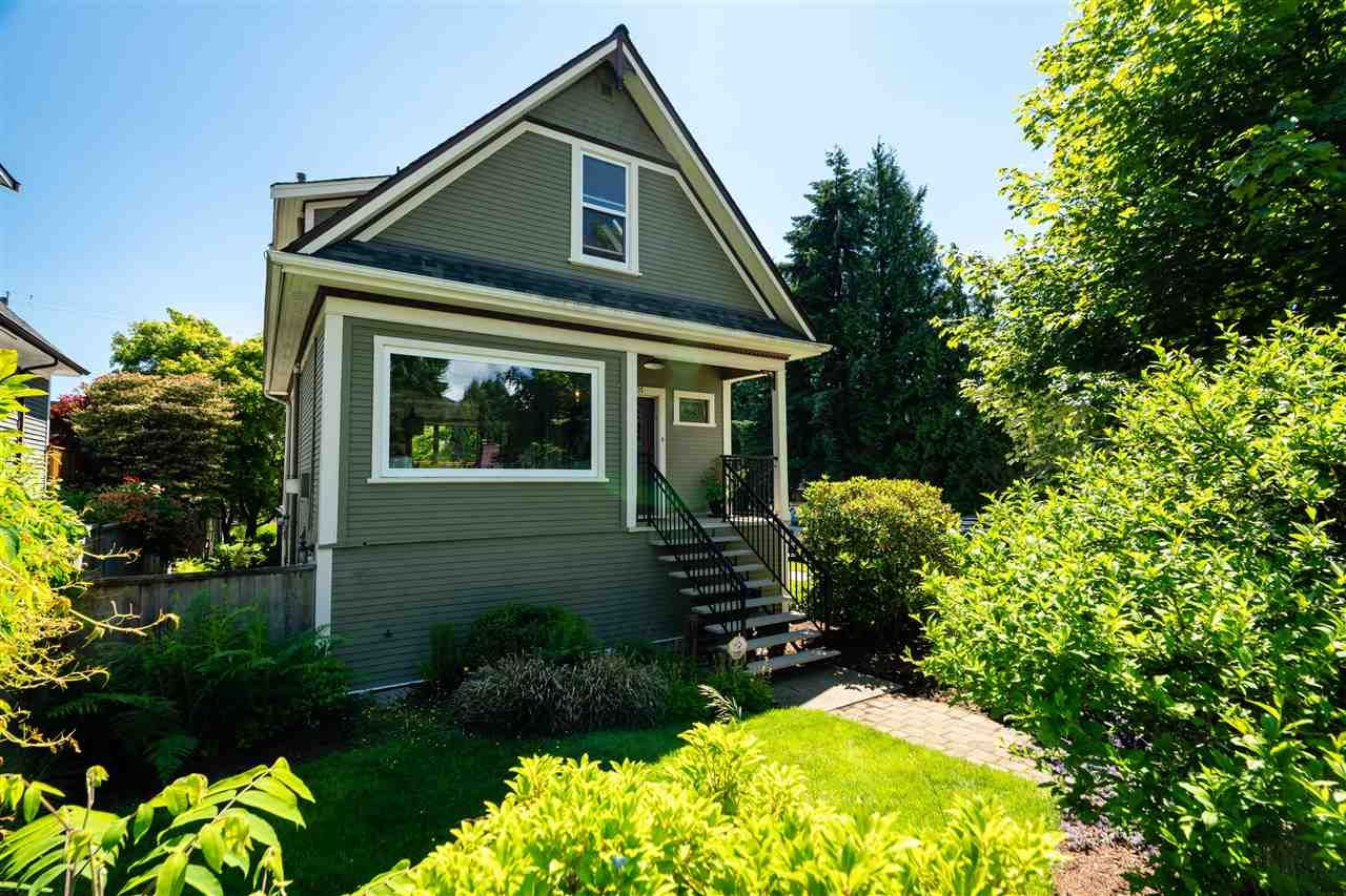"""Main Photo: 201 E 19TH Street in North Vancouver: Central Lonsdale House for sale in """"Finlay's Row"""" : MLS®# R2591250"""