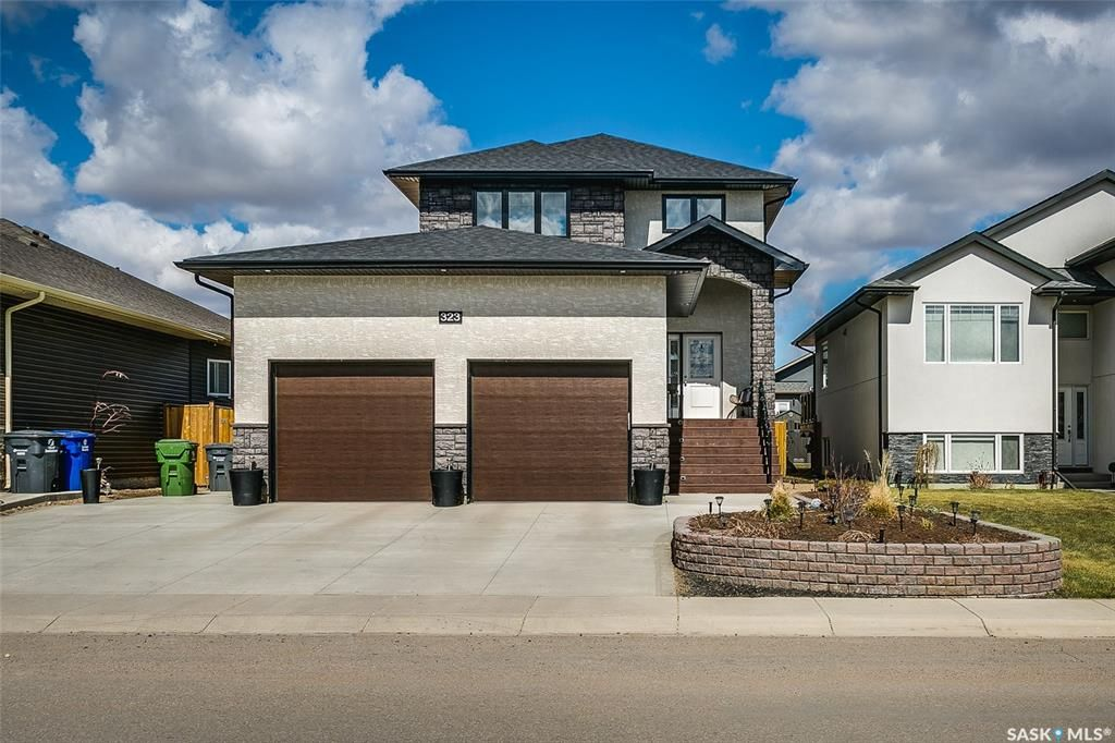 Main Photo: 323 Boykowich Street in Saskatoon: Evergreen Residential for sale : MLS®# SK846796