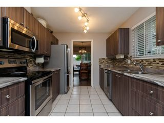 """Photo 6: 16 36060 OLD YALE Road in Abbotsford: Abbotsford East Townhouse for sale in """"Mountain View Village"""" : MLS®# R2269722"""