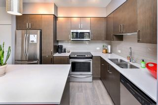 Photo 4: 102 290 Wilfert Rd in : VR View Royal Condo for sale (View Royal)  : MLS®# 870587