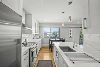 "Photo 12: 307 2080 MAPLE Street in Vancouver: Kitsilano Condo for sale in ""Maple Manor"" (Vancouver West)  : MLS®# R2562068"