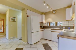Photo 10: 870 PINEBROOK Place in Coquitlam: Meadow Brook 1/2 Duplex for sale : MLS®# R2464151