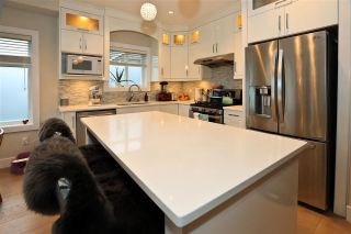 Photo 3: 1465 E 8TH Avenue in Vancouver: Grandview VE 1/2 Duplex for sale (Vancouver East)  : MLS®# R2255170