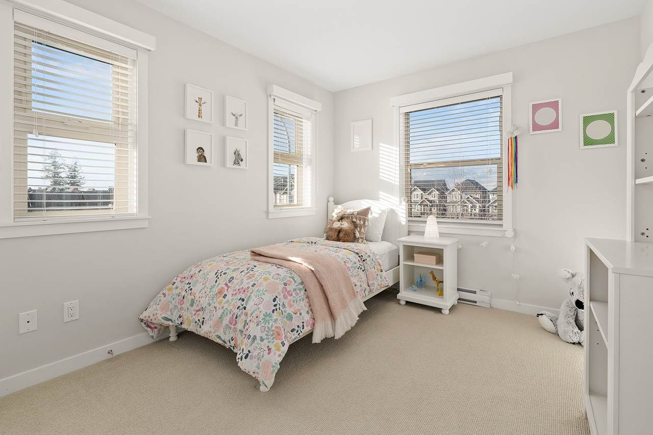 "Photo 23: Photos: 2452 165 Street in Surrey: Grandview Surrey Condo for sale in ""Hycroft"" (South Surrey White Rock)  : MLS®# R2545917"