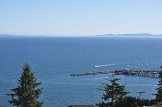 Photo 16:  in White Rock: Home for sale : MLS®# R2166390