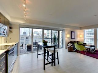 Photo 8: 812 400 E Adelaide Street in Toronto: Moss Park Condo for sale (Toronto C08)  : MLS®# C3764968