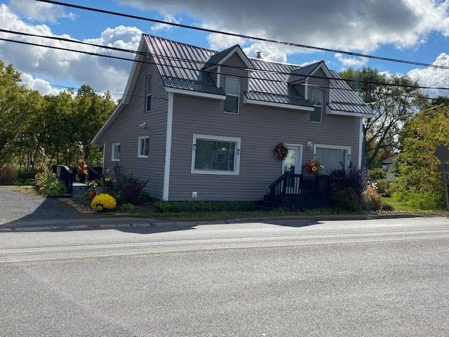 Main Photo: 1959 South Main Street in Westville: 107-Trenton,Westville,Pictou Residential for sale (Northern Region)  : MLS®# 202020709