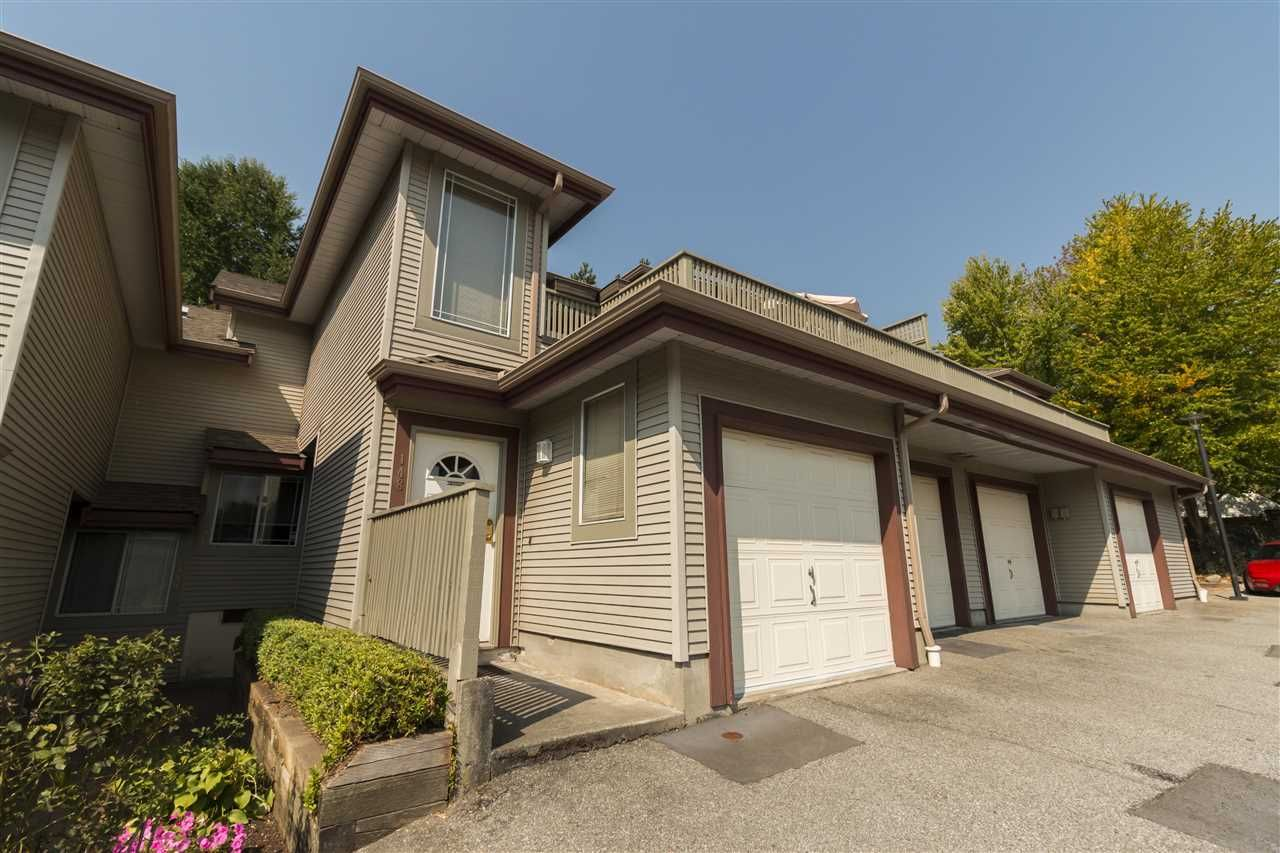 """Main Photo: 146 100 LAVAL Street in Coquitlam: Maillardville Townhouse for sale in """"PLACE LAVAL"""" : MLS®# R2200929"""